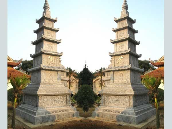 Mộ đá hình tháp 001