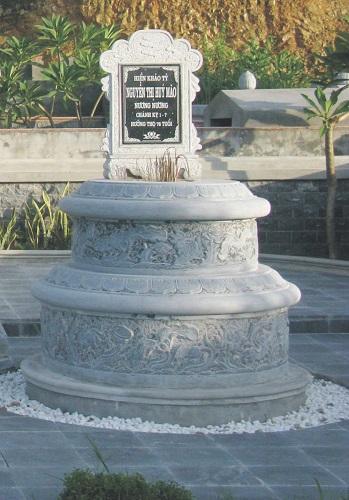 Mộ đá hình tròn 004