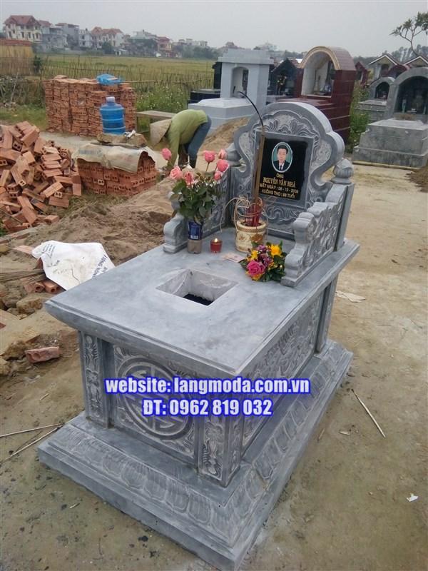 Lắp đặt mộ đá không mái tại Hưng Hà, Thái Bình
