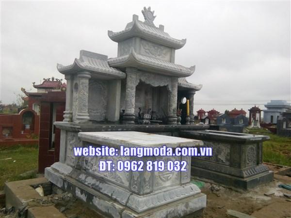 Xây mộ bằng đá tại Thái Bình