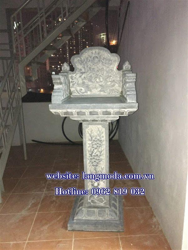 bàn thờ thiên ngoài trời