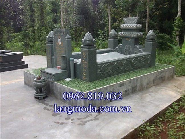 Mẫu mộ đá xanh rêu đẹp đơn giản giá rẻ nhất