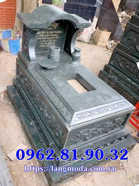 Mẫu mộ đá xanh rêu mái vòm