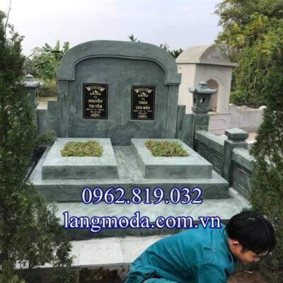 Mẫu mộ đôi đẹp bằng đá xanh rêu, môi đôi đá xanh rêu,