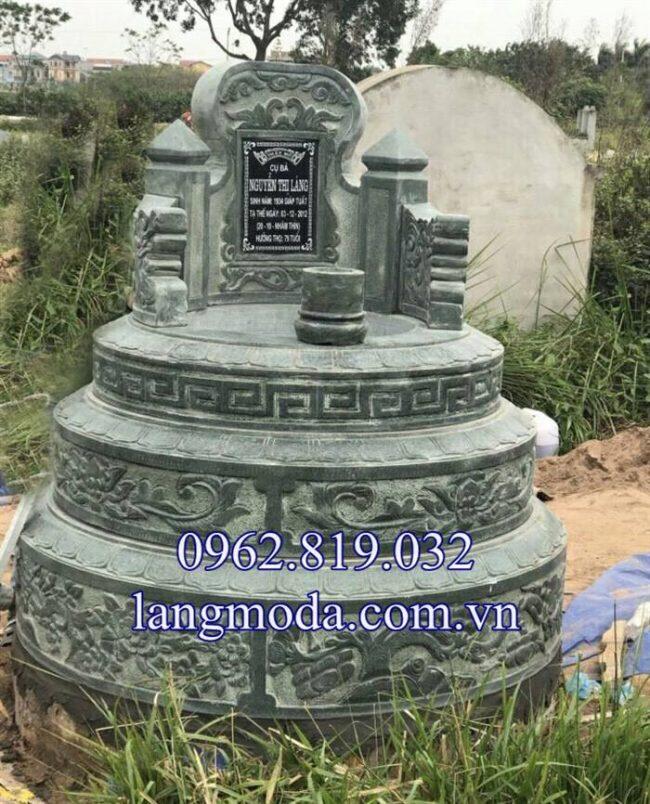 Mộ tròn đá xanh rêu đẹp chế tác tại Ninh Bình