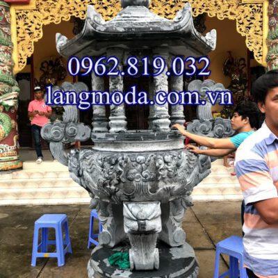 Lắp đăt hoàn thiện lư hương đá tại chùa Long Hoa Tự Sài Gòn