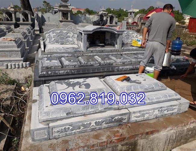 Xây mộ gia đình băng đá khối 05