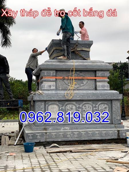 Phần đỉnh tháp để tro cốt bằng đá tại Hà Nôi