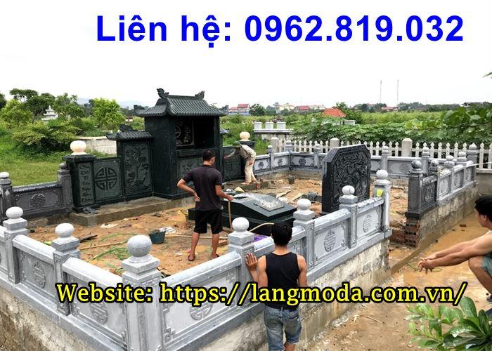 Khu lăng mộ gia đình bằng đá xanh rêu 2020