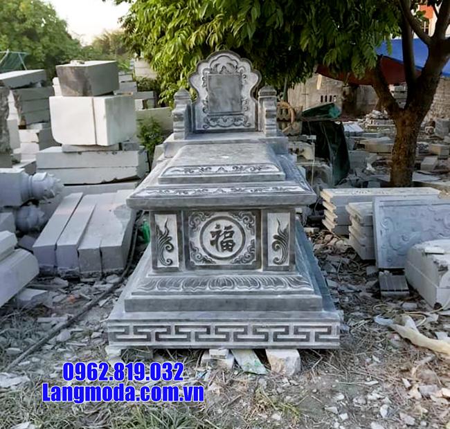 Hình ảnh mộ bành đá thường được sử dụng trong nhà mồ