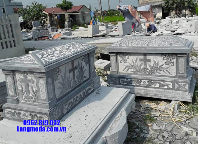 mẫu mộ của người theo đạo bằng đá đẹp