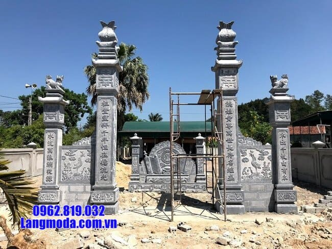 cổng chùa đẹp bằng đá tự nhiên