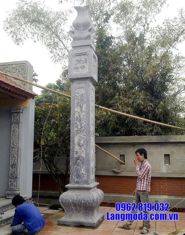 cột đồng trụ nhà thờ bằng đá
