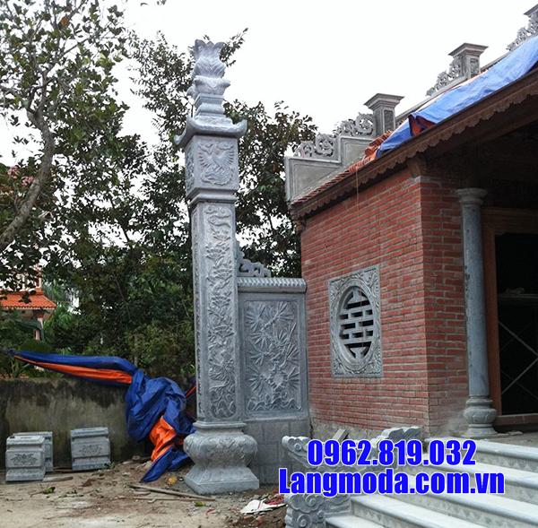 cột đồng trụ nhà thờ họ bằng đá