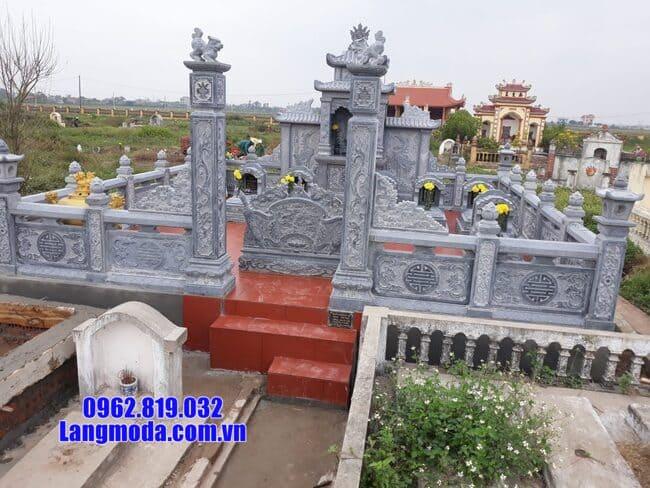 lăng mộ bằng đá tại Hòa Bình