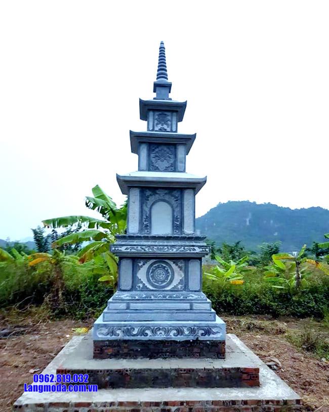 mẫu mộ đá hình tháp tại Quảng Ngãi