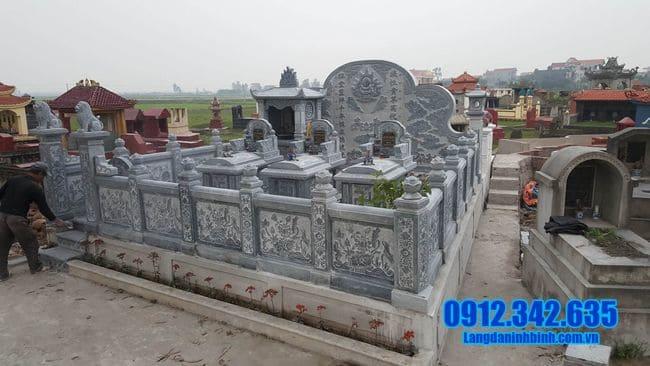 lăng mộ bằng đá tại Đồng Tháp