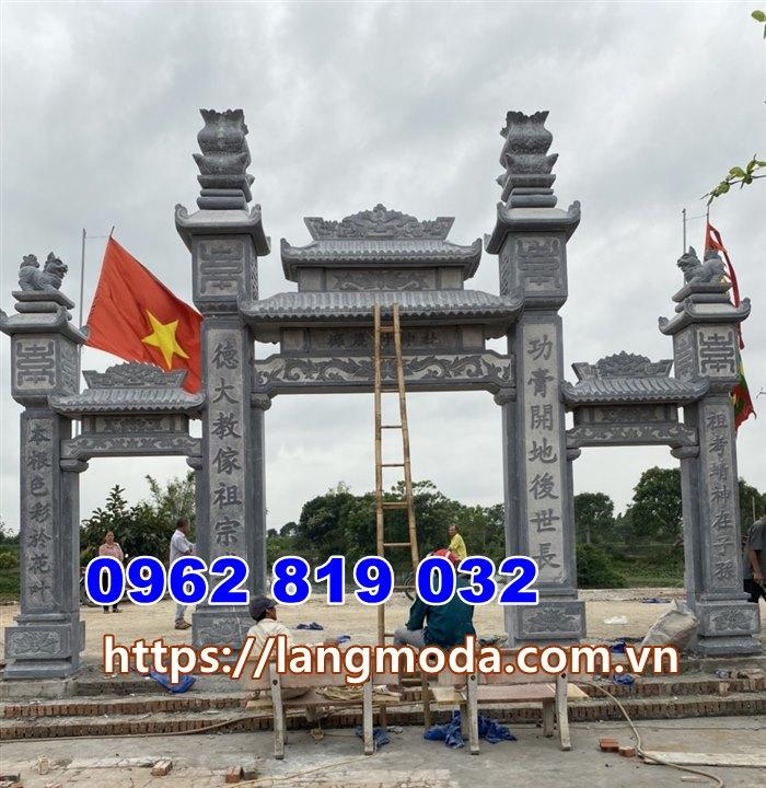 Mẫu cổng nhà thờ họ bằng đá xanh đen tại hà Tây- Hà Nội