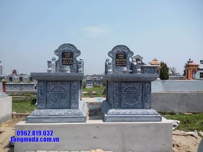 mộ đôi bằng đá xanh đen đẹp tại Bạc Liêu