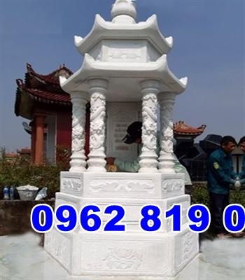 Tháp mộ đá đẹp tại Bình Định
