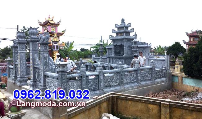 Tường rào đá lăng mộ tại Kiên Giang