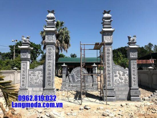 cổng chùa đá tại Bến Tre