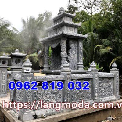 hàng rào nhà mồ bằng đá tại Cà Mau