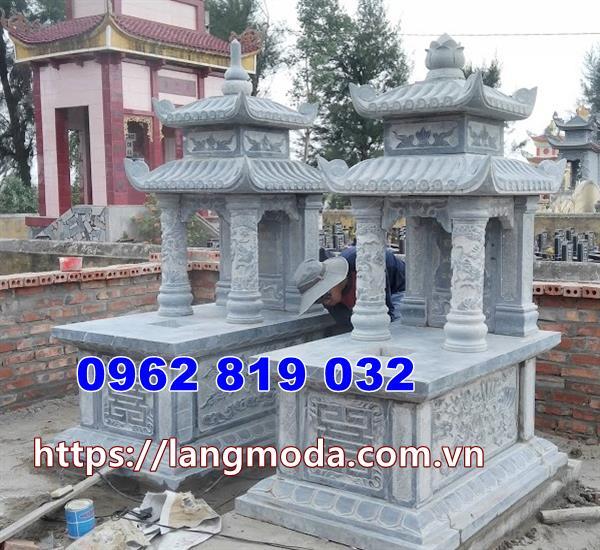 mộ đá đôi có mái che tại Bình Phước
