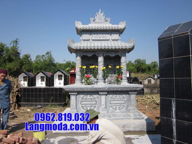 mộ đôi bằng đá xanh đẹp tại Cà Mau