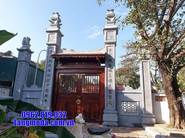 Lắp đặt cổng chùa bằng đá tại Tiền Giang