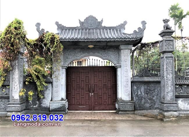 mẫu cổng chùa bằng đá tự nhiên lắp đặt tại Khánh Hòa