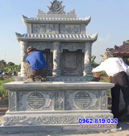 mộ đá song thân tại Khánh Hoà
