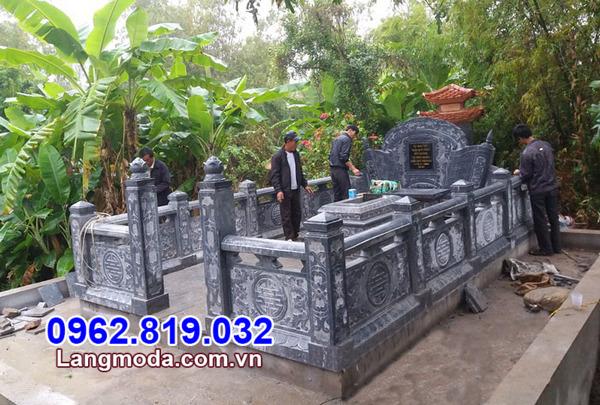 nhà mồ đá xanh tự nhiên tại Đồng Tháp