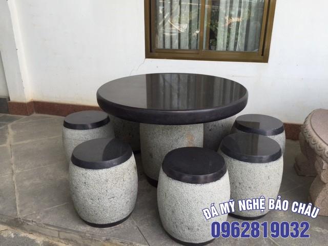 Mẫu bộ bàn ghế đá tự nhiên 16