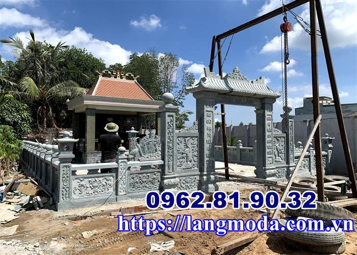 Xây nhà mồ đá xanh tại Sài Gòn